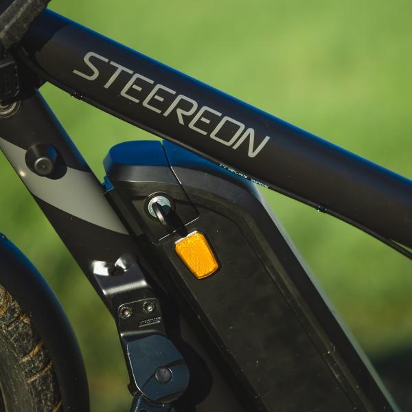STEEREON C25 mit Sitz grau